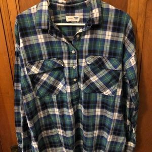 Large Old Navy Flannel.